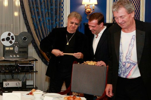 Deep Purple rocks Moscow at Medvedev's house! - The ...