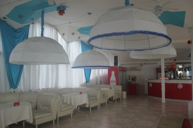 Restaurant in Yalta, Ukraine is ready for the New Year party! (photo: Anna Panchenko)
