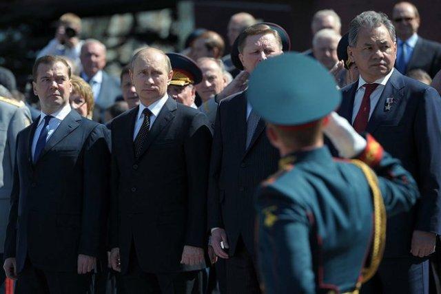 Victory day Putin Tomb Medvedev
