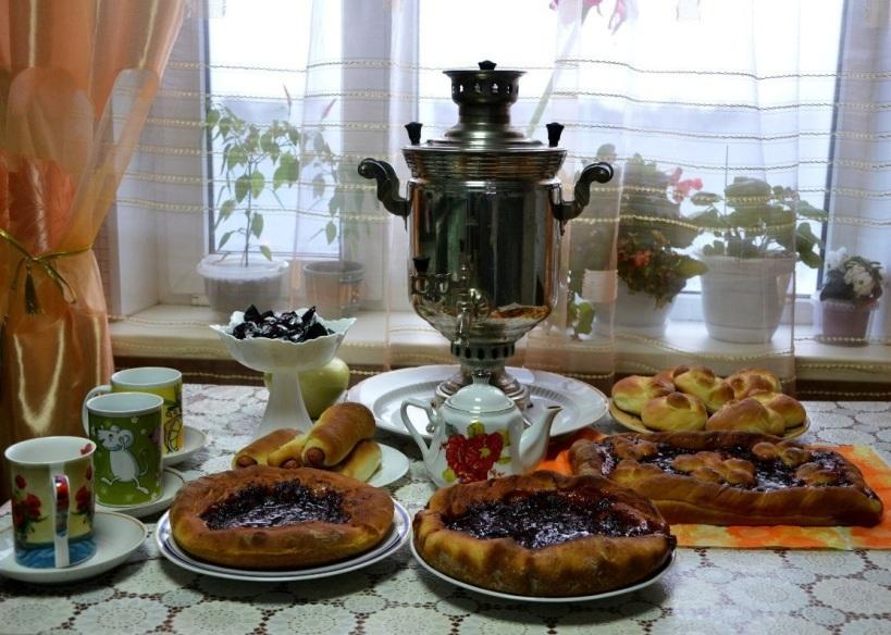 tea samovar table b