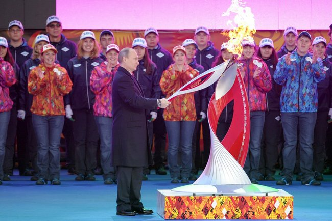 RF President Vladimir Putin lit the Olympic torch.