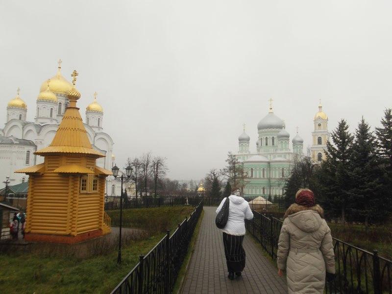 (Vising a monastery in November.)