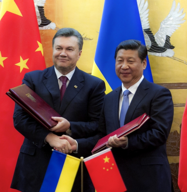 Ukraine and Chinese ink deals in Bejing.