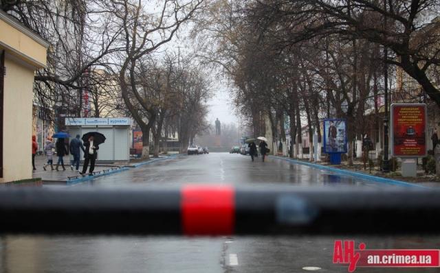 Streets in Sevastopol are blocked. (foto: All news)