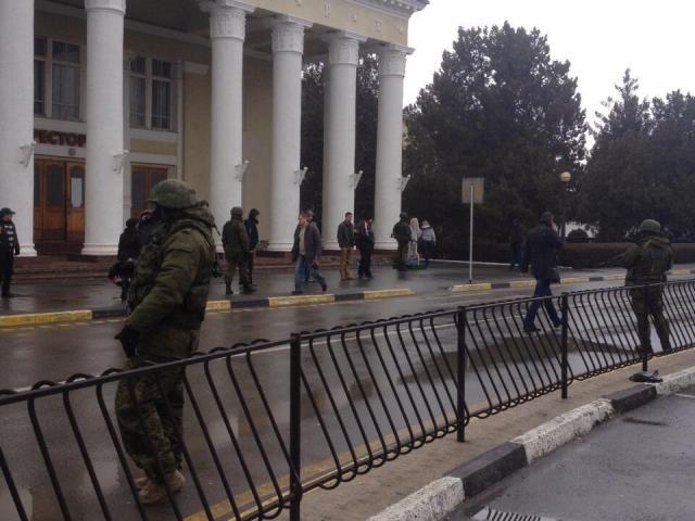 Feb 2014 Crimea occupied (foto: )