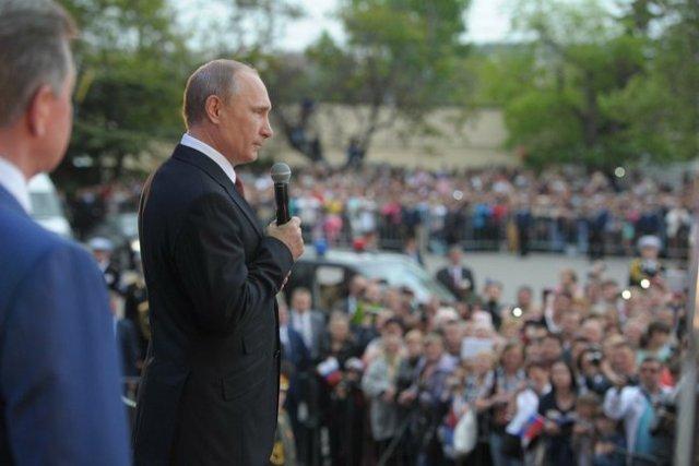 Victory Day Crimea Putin h