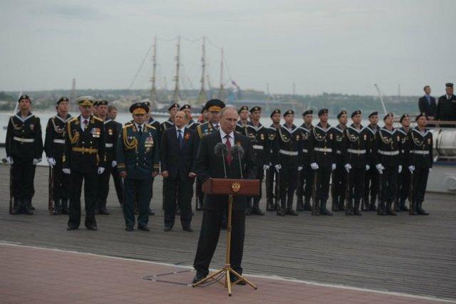Victory Day Crimea Putin l