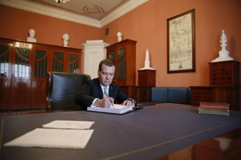 Sitting at Derzhavin's desk, PM Medvedev signed the Museum guest book.
