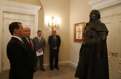 Prime Minister Dmitry Medvedev at the main house of the Derzhavin Museum.