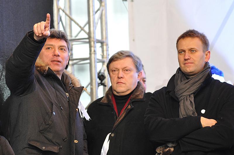 Boris Nemtsov Grigoriy Yavlinskiy Aleksei Navalniy 2011