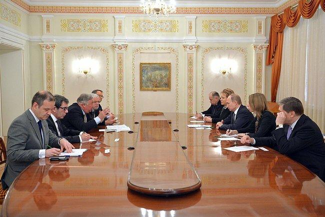 President Putin and Putin French Senate Pres Gerard Larcher, Novo-Ogaryovo, 26 Feb 2015.