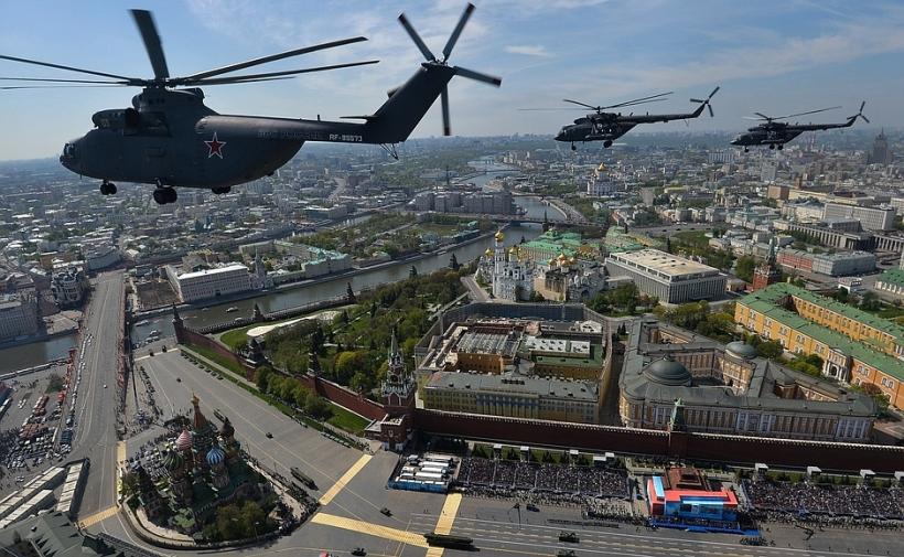 Victory parade 2015 helos