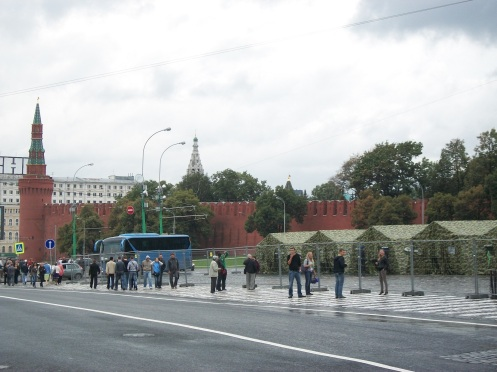 Tourism was far more active in previous years, such as this photo taken by the Mendeleyev Journal at the rear of Red Square in 2011.