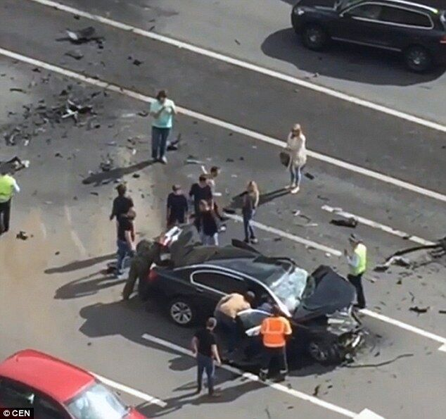 putin-car-crash
